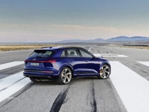 Audi ökar med eldrivna e-tron som draglok 3