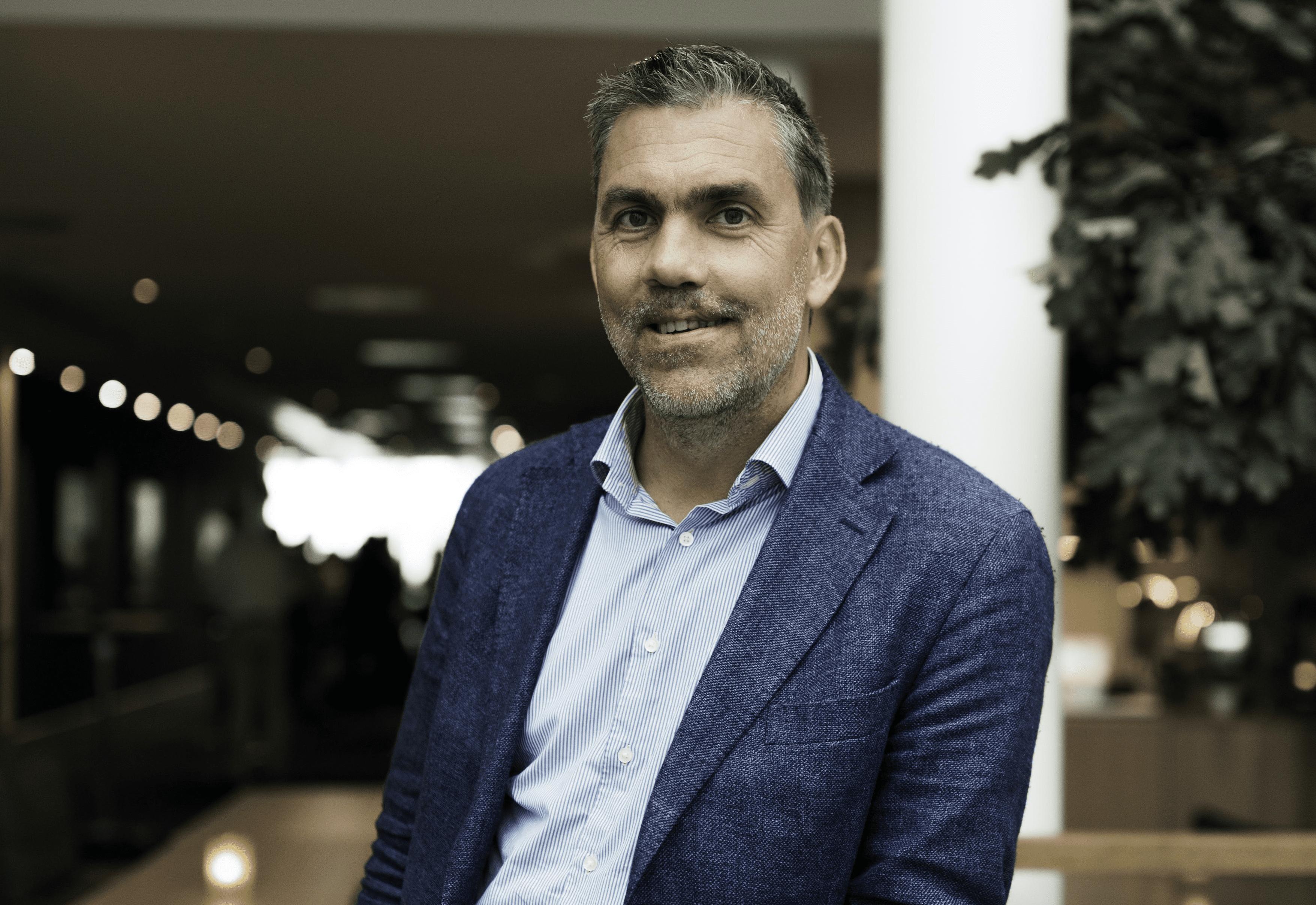 Office Management väljer Svea och lanserar e-handel