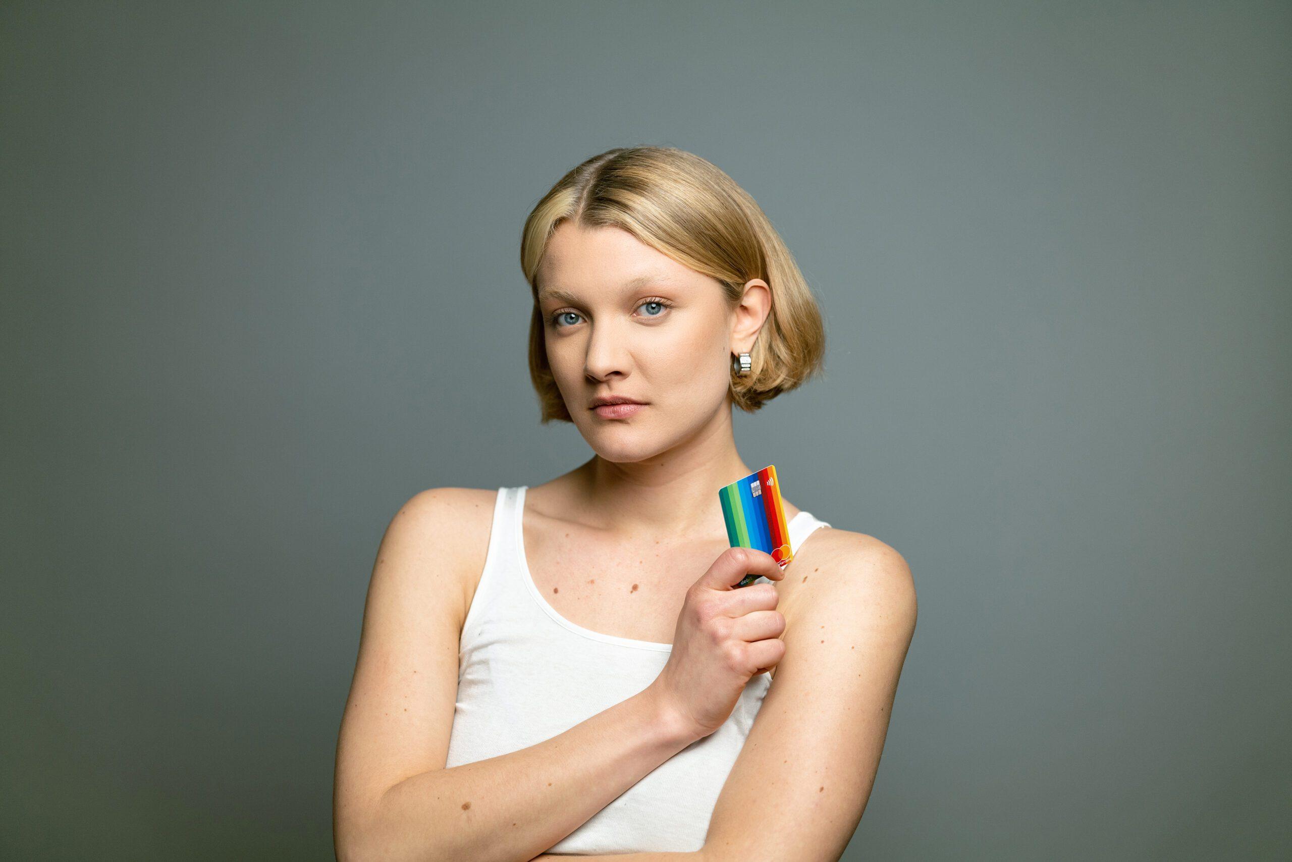 Mastercard och bunq lanserar True Name™-funktionen för trans- och icke-binära personers namnrättigheter i Sverige och Europa