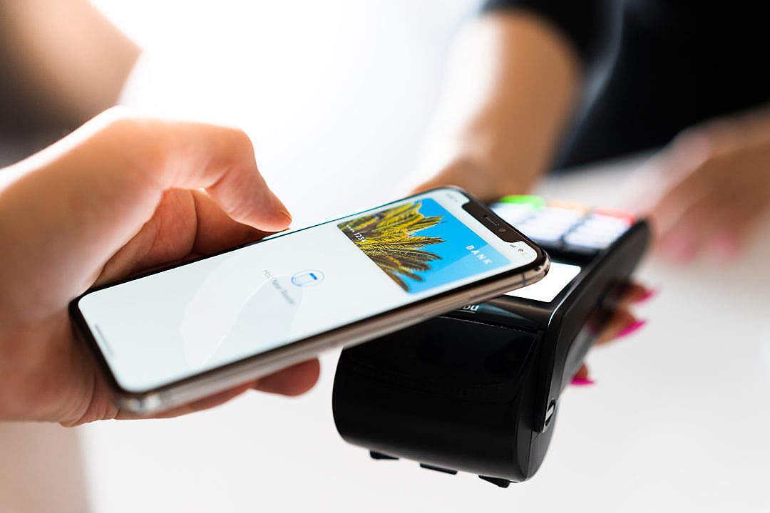 Skandia lanserar Apple Pay