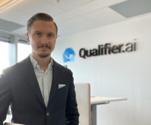 Qualifier.ai dubblar sin omsättning – ökat 1000% sedan start