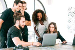 Verizon och Unloc lanserar Young Entrepreneurs Challenge 2021 i Europa